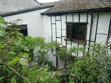 Charming Grade II Listed Two/Three Bedroom Cottage
